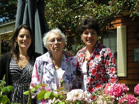 Maree Pigdon  Sewing Geelong Rose Garden - sm